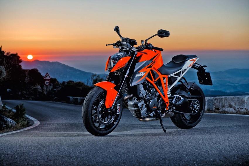 KTM Bike Background - cb bac