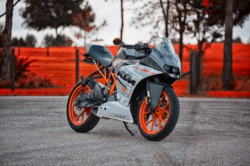 CB Background KTM Bike PicsA