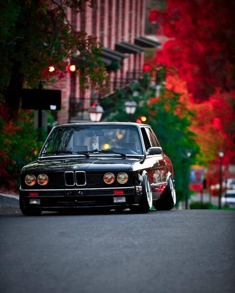 car CB E.