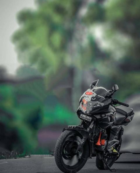 CB Bike Editing Background H