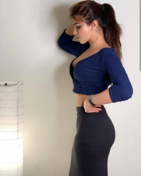 girls blue dress Pose Model