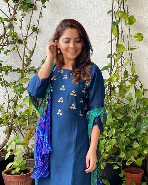 Sonalee Kulkarni HD Photos W