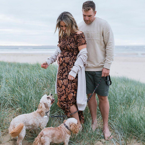 Aaron Finch with Wife HD Pho