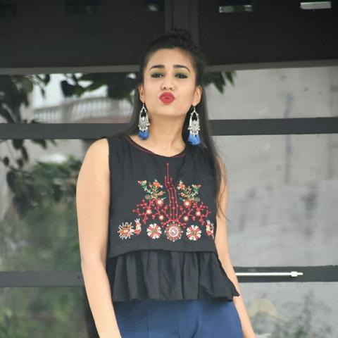 Gima Ashi Bahot Hard Girl Ho
