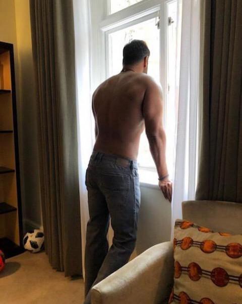 Ajay Devgn Back Body hd phot