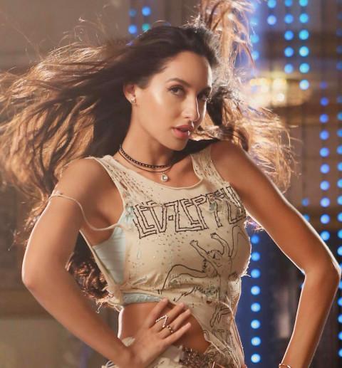 Nora Fatehi looks Hot HD Ima