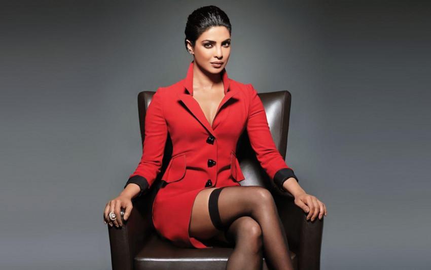 Priyanka Chopra HD Photos Pi