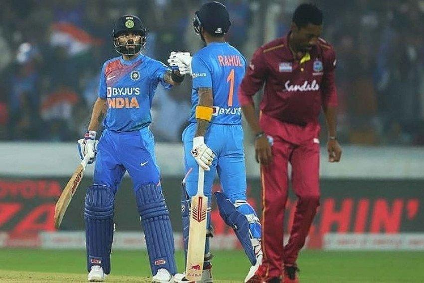Virat Kohli On Ground While Playing Celebrating Cricket Hd Pics Image Free Download