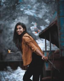 Girl Model Pose  (17)