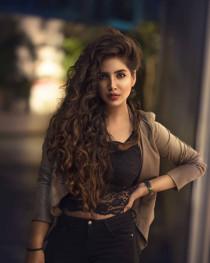 Girl Model Pose  (33)
