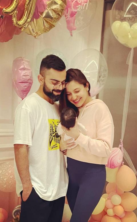 Virat kohli with daughter an
