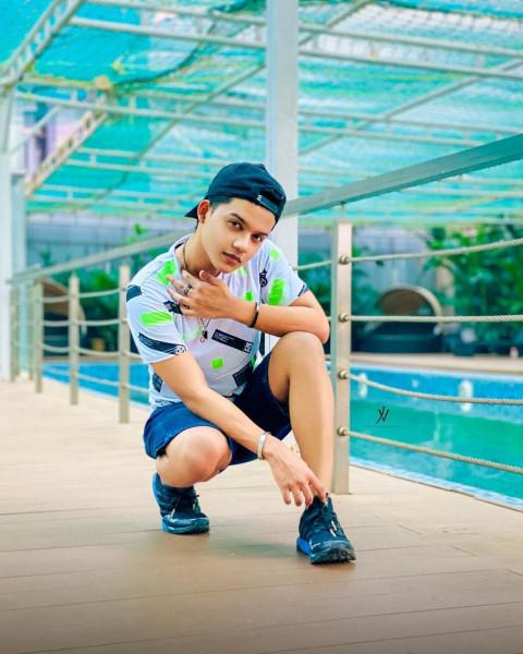 Riyaz Aly HD Cute Boy Pics W