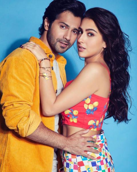 Cute Sara Ali Khan with Varu
