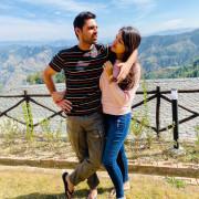 Bhuvneshwar Kumar Singh with wife hd Photos Wallpapers Images & WhatsApp DP