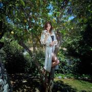 Alexandra Daddario Beautiful HD Photos Wallpapers Images & WhatsApp DP Gorgeous Pics