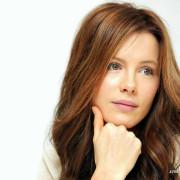 Kate Beckinsale Click