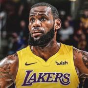 Le Bron James Lakers