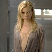 Amy Smart Wallpapers Photos Pictures WhatsApp Status DP Pics HD