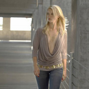 Amy Smart Wallpapers Photos Pictures WhatsApp Status DP HD Background
