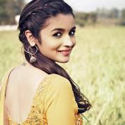 Alia Bhatt pics | Photos 4K Wallpaper Pictures WhatsApp Status DP hd
