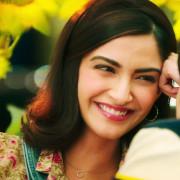 Sonam Kapoor HD Pics