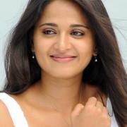 Anushka Shetty HD Mobile
