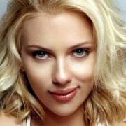 Scarlett Johansson Close Up